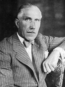 Franz von Papen (1879 - 1969) Hij diende als rijkskanselier van Duitsland in 1932 en als vicekanselier onder Adolf Hitler in 1933-1934.