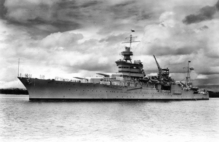 De CA35 Indianapolis in Pearl Harbor 1937